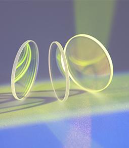激光切割机的保护镜片应该怎样清洗?